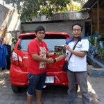 Foto Penyerahan Unit 3 Sales Marketing Mobil Dealer Daihatsu Semarang By Arif