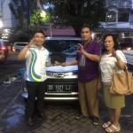 Foto Penyerahan Unit 5 Sales Marketing Daihatsu Manado Rivo