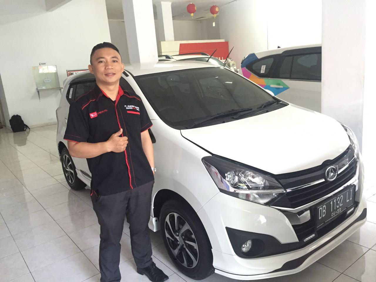 Sales Marketing Mobil Dealer Daihatsu Manado Divo