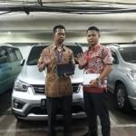 DO 7 Sales Marketing Mobil Dealer Wuling Taufik