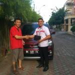 Foto Penyerahan Unit 5 Sales Marketing Mobil Dealer Wuling Medan Fadlan