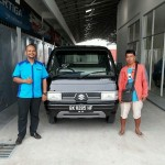 Foto Penyerahan Unit 9 Sales Marketing Mobil Suzuki Medan Harry