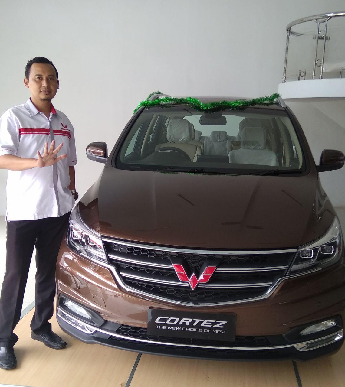 Sales Marketing Mobil Dealer Wuling Depok Andi
