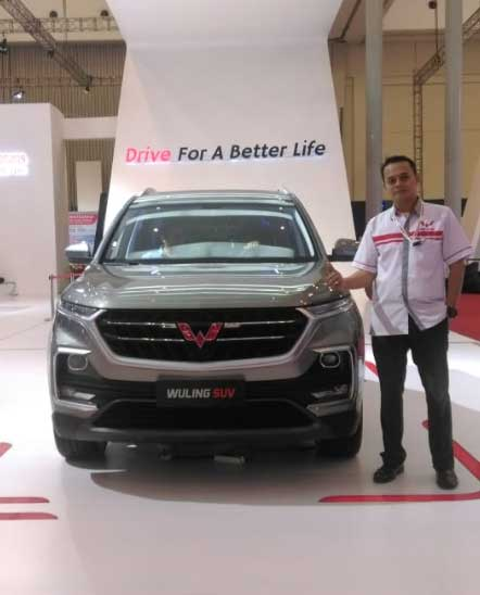 Sales Marketing Mobil Dealer Wuling Irwan