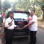 DO 3 Sales Marketing Mobil Dealer Wuling Gandhi