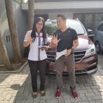 DO 1 Sales Marketing Mobil Dealer Wuling Yeni