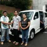 Foto Penyerahan Unit 7 Sales Marketing Mobil Dealer Daihatsu Tryastono