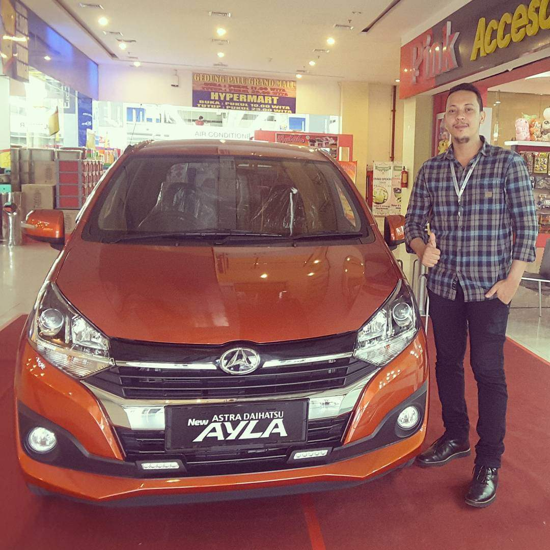 Sales Marketing Mobil Dealer Daihatsu Fuad