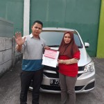 DO 8 Sales Marketing Mobil Dealer Wuling Taufik