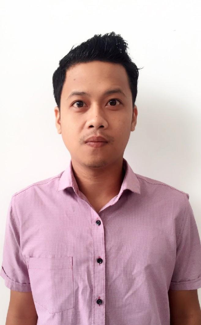 Sales Marketing Mobil Dealer Wuling Angga