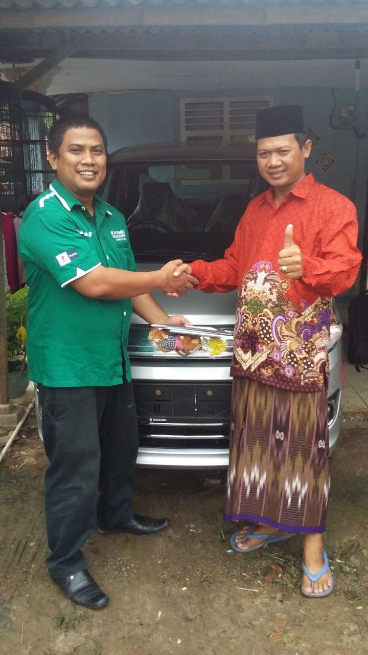 Sales Marketing Mobil Dealer Suzuki Metra Jaya