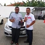DO 1 Sales Marketing Mobil Dealer Wuling Gandhi