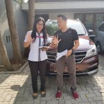 DO 1 Sales Marketing Mobil Dealer Wuling Yeni